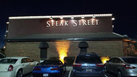 Steak Street: Outside
