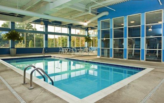 Four Points by Sheraton Columbus Ohio Airport: Pool