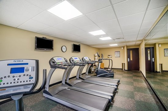 Fort Campbell, KY: Health club