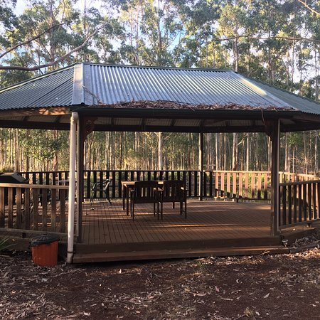 Ravensbourne, Australia: photo3.jpg