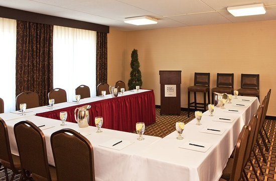 Four Points by Sheraton Kalamazoo: Meeting room