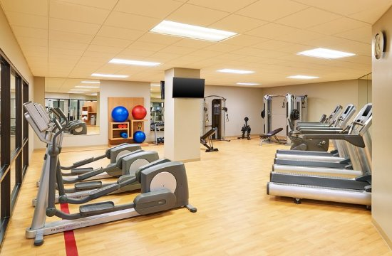 Lisle, IL: Health club