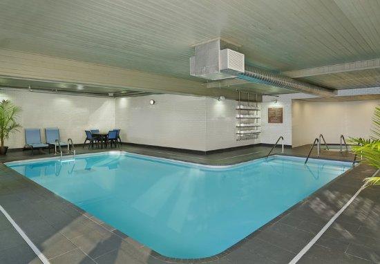 Sheraton Bloomington Hotel Pool