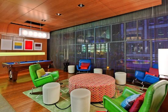 Aloft Asheville Downtown: Bar/Lounge
