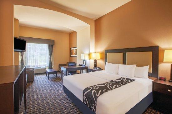 La quinta inn suites jacksonville desde tx for Media room guest bedroom