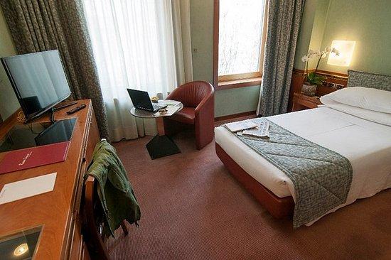 Michelangelo Hotel: Guest room