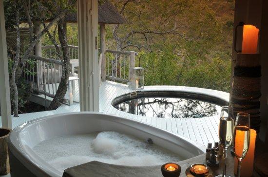 Welgevonden Game Reserve, Zuid-Afrika: Suite Bathroom