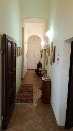 Casa di Alfredo: corridoio