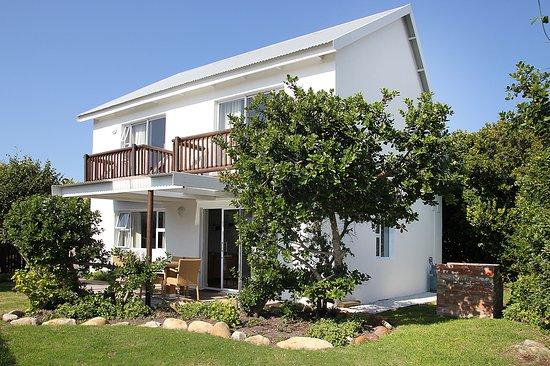 Cape St Francis, Sudáfrica: Village Break , 3 bedroom cottage