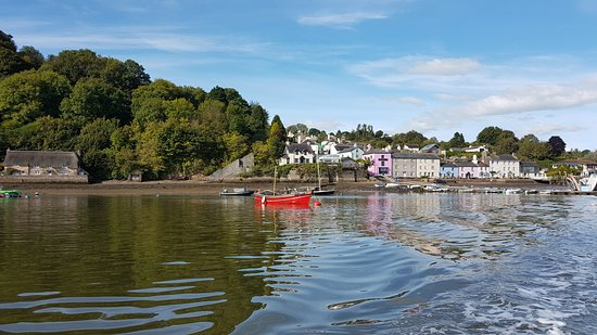 Dittisham, UK: Arriving at the pub by boat