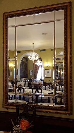 Specchio sala barocca