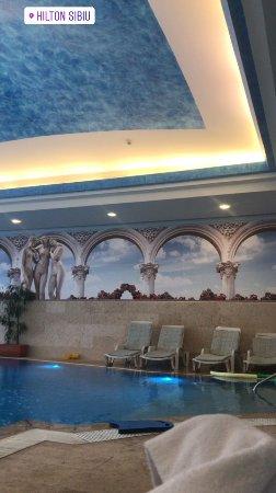 Hilton Sibiu: Hotel pool