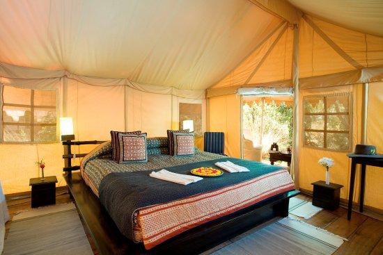 Khem Villas: Luxury tent inside