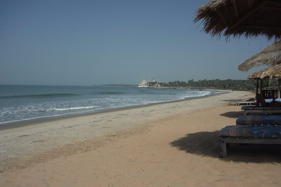 Gunjur, Gambia: Very quiet beach 100 paces away with the occasional passing cow
