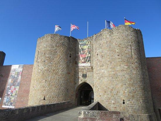 Historial de la Grande Guerre : Chateau Peronne