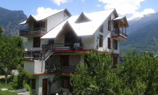 Entrance - Picture of Red Rose Cottages, Manali - Tripadvisor
