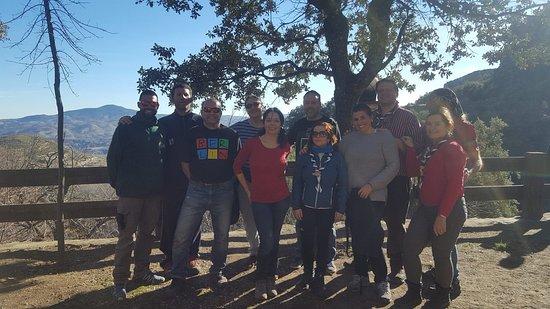 Bérchules, España: El equipo de monitores del Aula junto con la patrulla servicio de nuestro grupo