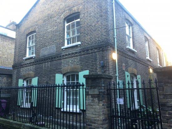 Norton Folgate Alms Houses