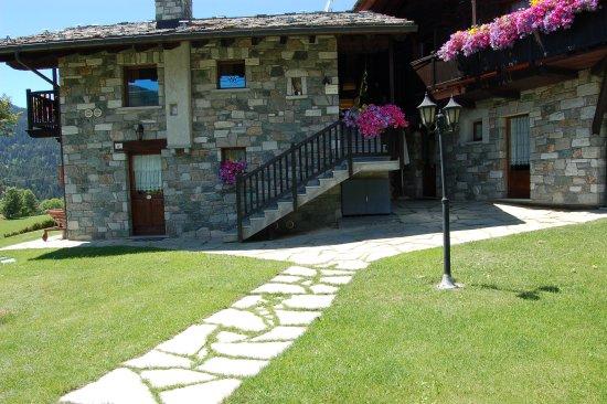 Du Foyer Hotel Brusson : Foyer d antan resort brusson italia prezzi e
