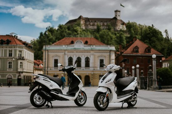 ‪Ljubljana Rent-a-Scooter‬