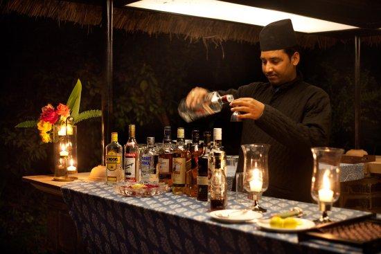 Khem Villas: Bar near the campfire
