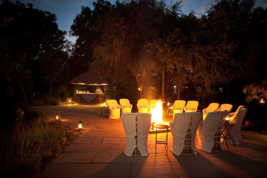 Khem Villas: Camp fire by the lake every night