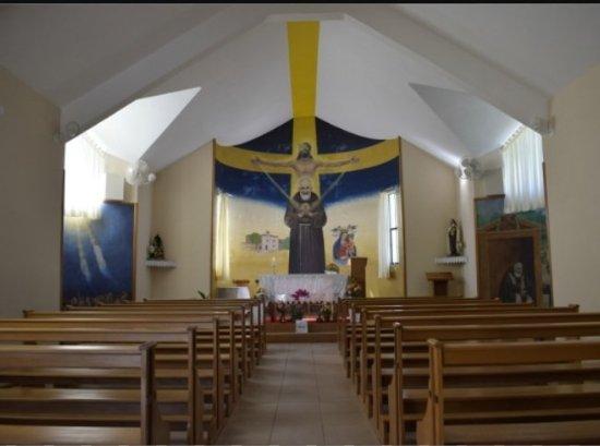 Faxinal do Soturno, RS: Ermida São Pio - Interior da Igreja