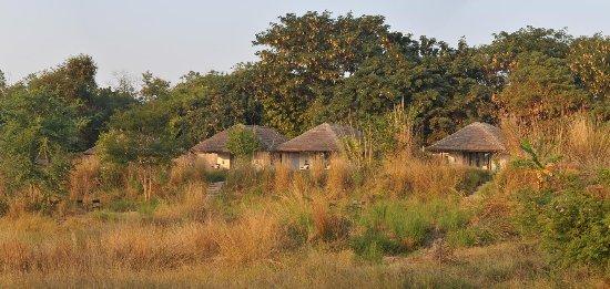Khem Villas: Cottages by the lake