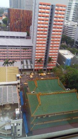 Ibis Singapore on Bencoolen: El templo