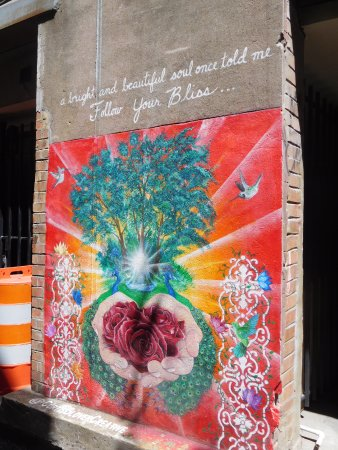 Knoxville, TN: graffiti art in Strong Alley