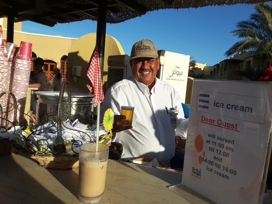 Three Corners Rihana Inn: Nashaat maakt de beste ice-coffee van El Gouna!!!!