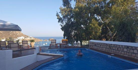 Grikos, Griechenland: NOt heated, not necessary