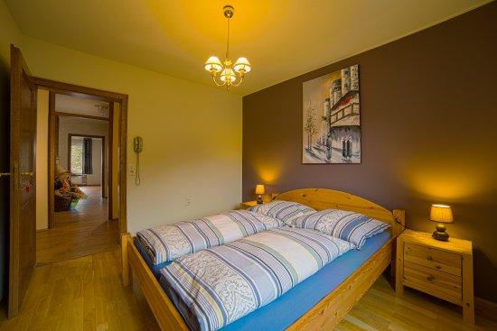 Slaapkamer 2 suite picture of eleganza monschau tripadvisor