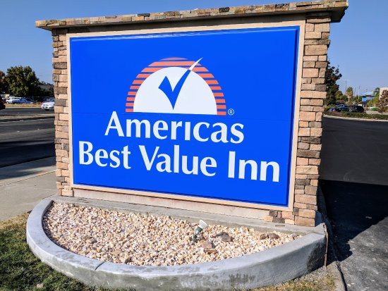 Exterior Signage - Americas Best Value Inn   Bay