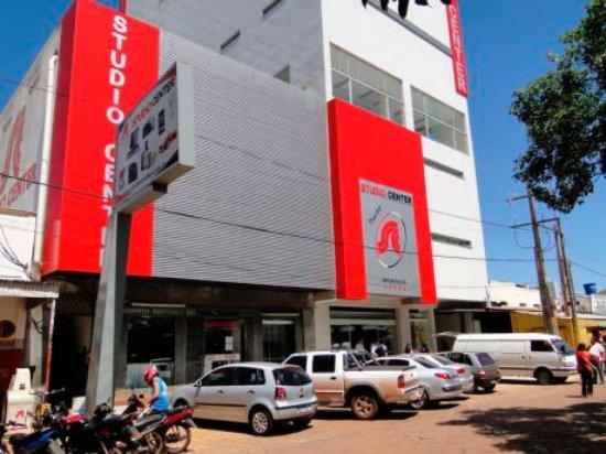 Pedro Juan Caballero, Paragwaj: Studio Center