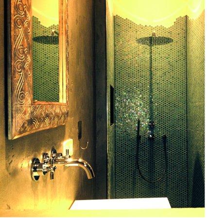 Bischofsmais, Alemania: Badezimmer mit Regenschauerdusche