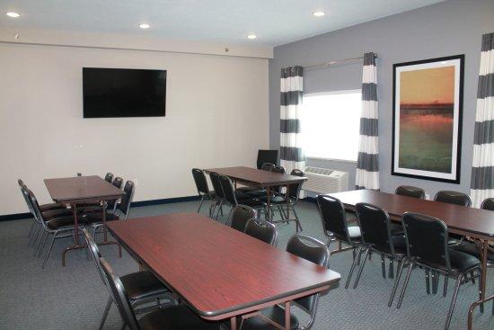 Emmetsburg, IA: Meeting Room