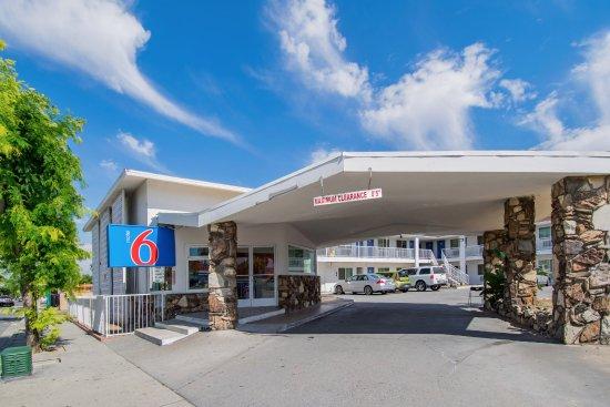 goseek san bernardino ca hotel discounts deals and special rh goseek com