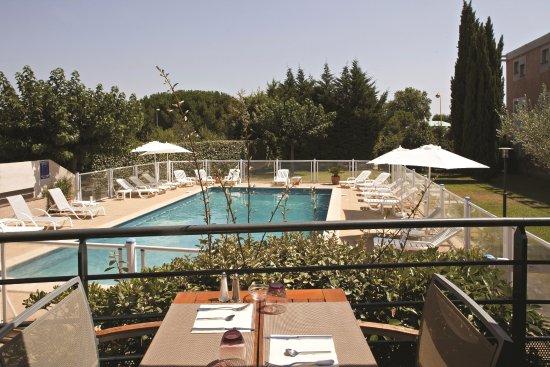 Kyriad montpellier est lunel hotel reviews price for Hotel design est france