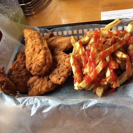 Massena, NY: Tasty and well priced dishes!