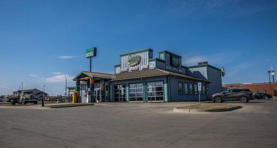 Sickies Garage Burgers & Brews - Bismarck