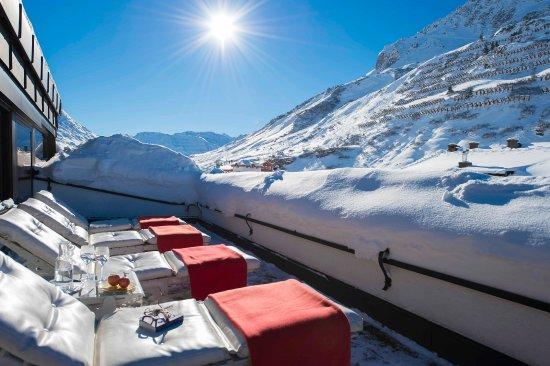 Zurs, Austria: Sun terrace