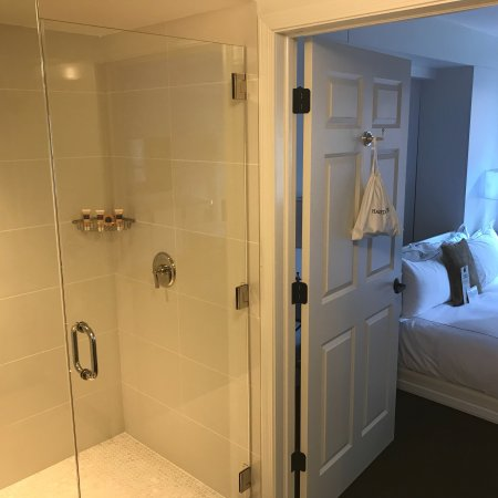 The Talbott Hotel: Junior Suite (Murphy)