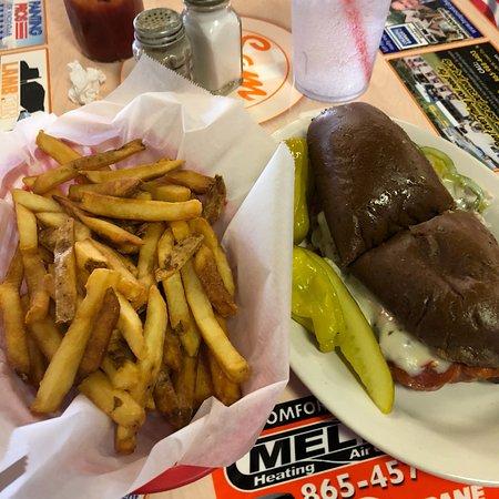 Κόνκορντ, Τενεσί: Italian Sub with 1/2 fries