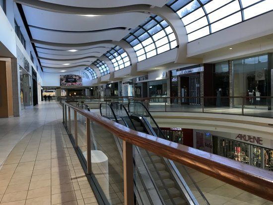 Shoe Stores Sunridge Mall Calgary
