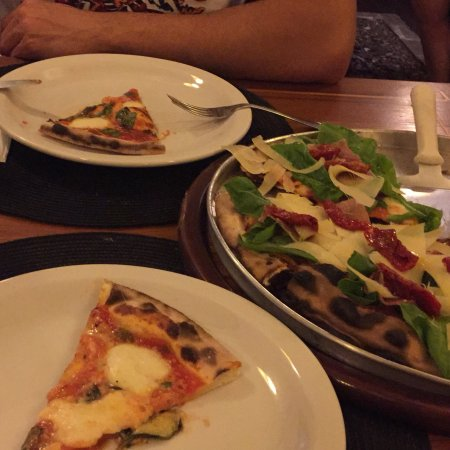 La Botte Pizzeria Italiana: photo0.jpg