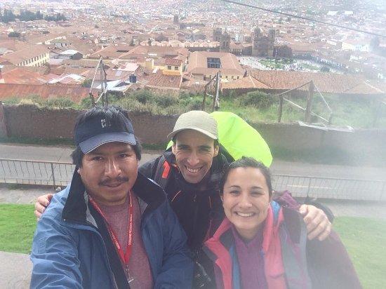 Pacha Expeditions: un paseo por las ruinas que están detras de San Blas, no me acuerdo ahora el nombre!!
