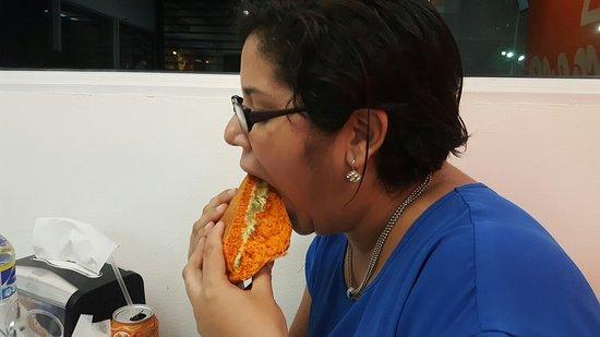 Orange Burgers: 20170808_195019_large.jpg