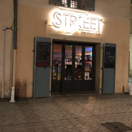 street bar toulon restaurant avis num ro de t l phone photos tripadvisor. Black Bedroom Furniture Sets. Home Design Ideas