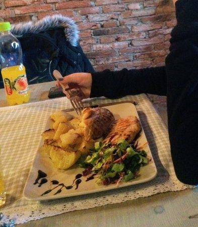 Pizzeria Della Nonna: Chicken breast